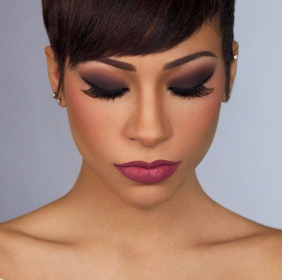 Beautiful makeup! Will try to do this look...