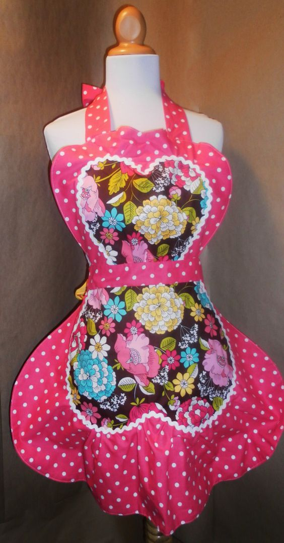 I have one of these! love it! Reversible Vintage Style Apron by AllintheApron on Etsy, $42.00