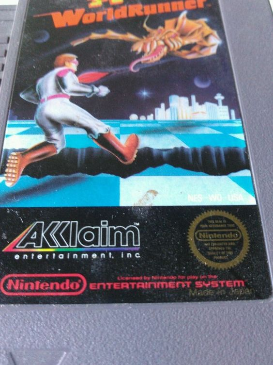 WorldRunner 3D Nintendo Game (NES) 1985