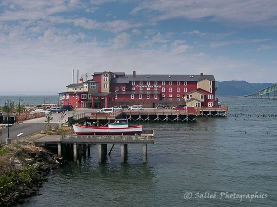 cannery pier hotel astoria oregon travel hotels. Black Bedroom Furniture Sets. Home Design Ideas