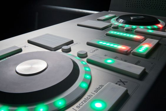 Bedroom DJ's can come out now, the Fono outdoor DJ booth, just add your smart phone!