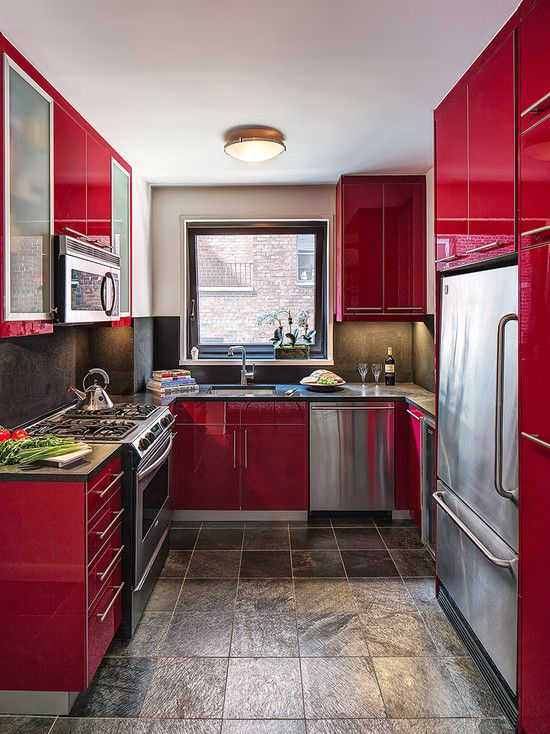 Small U Shaped Kitchen Ideas Pro Cons Tips On Designing U Shaped Kitchen Withbreakfastbar Red Kitchen Decor Red Kitchen Cabinets Kitchen Remodel Design