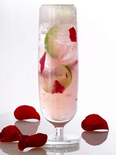Bacardi Razz + Lemonade + slice of lime = Shangri La