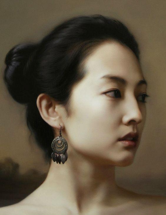 Artist: Wang Neng Jun (王能俊), oil on canvas {contemporary figurative realism art female head asian woman face portrait cropped painting detail #loveart} wangnengjun.blog.artron.net
