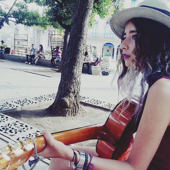 Cuba se siente en su música  #Habana by arantzasophia