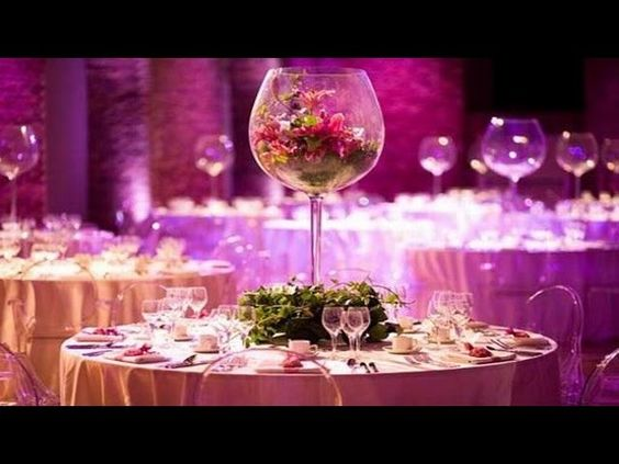 Wedding centerpiece ideas and centerpieces on pinterest for Cheap wedding table decorations ideas