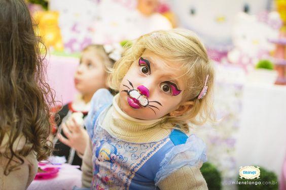 Alicia 4 Anos | Aniversário Infantil | Fotógrafo Jaraguá do Sul | Corupá | Guaramirim | Pomerode | Blumenau | Joinville | Santa Catarina | Fotografia de família | Fotojornalismo | Nikon | Mãe de menina | Hello Kitty | Personalizados | brigadeiro | bolo | Mágica www.milenelanga.com.br