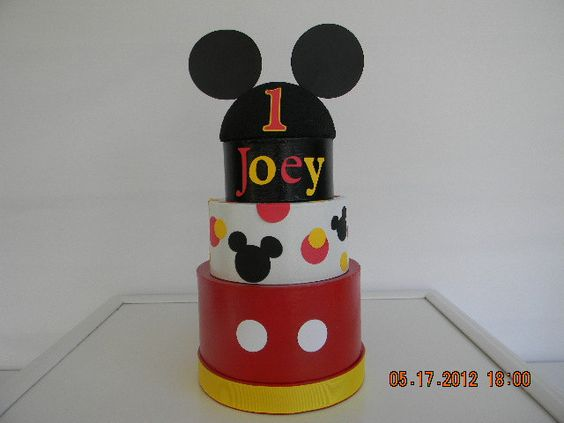 Mickey Mouse Centerpiece. $18.00, via Etsy.