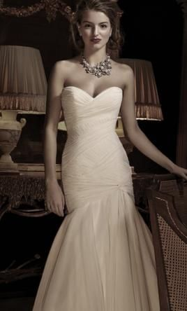 Anne Barge Aimee 0: buy this dress for a fraction of the salon price on PreOwnedWeddingDresses.com