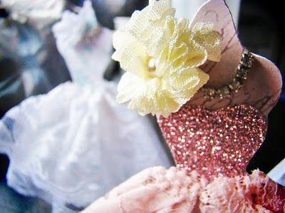 DIY vintage dress cards/decor