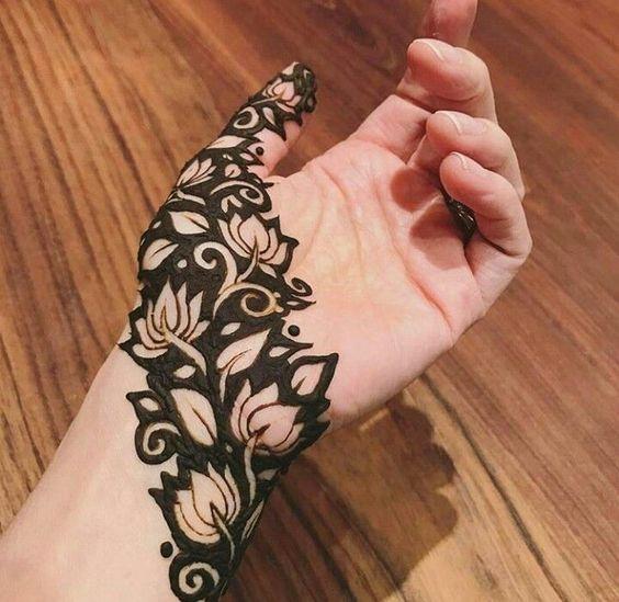 Leafy Black Diagonal Hand Mehndi design