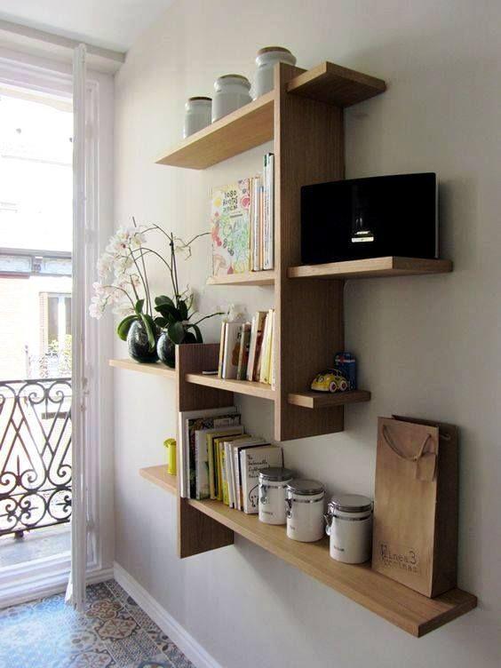 Les Idees D 39 Etageres Modernes Les Plus Incroyables Pour Vos Murs Qui Vous Surprendront D39etageres En 2020 Idees Decoration Maison Deco Meuble Tele Deco Maison