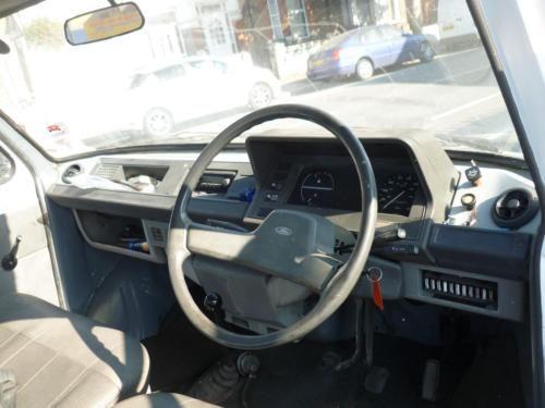 Ford-Transit-190-twin-wheel-1983-a-reg-2000-cc-petrol-recovery-vehicle-mk1-mk2