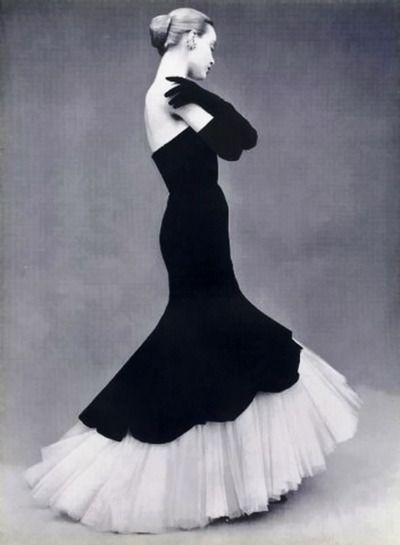 Balenciaga 1951 beautiful