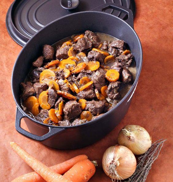 Boeuf bourguignon aux carottes en cocotte - Ôdélices : Recettes de cuisine faciles et originales !