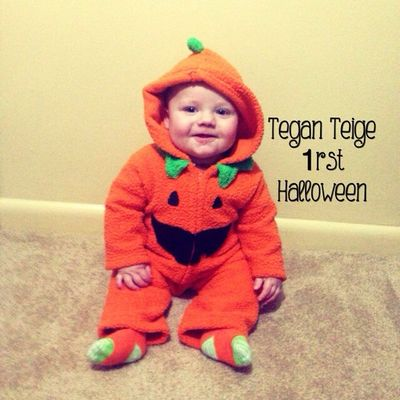 Vote for Tegan... We ❤️ 4moms and want to win the Origami stroller