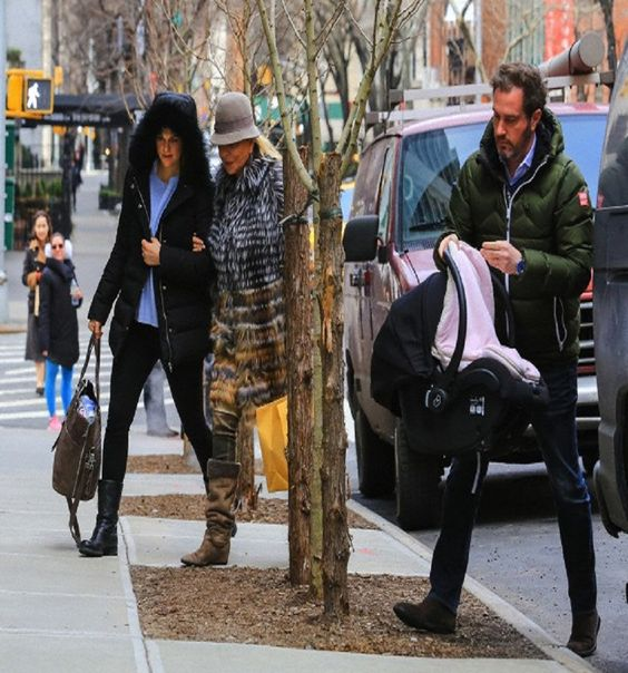 (L) Swedish Princess spotted in NYC with husband Chris O'Neill and his mother Eva Maria Walter with newborn daughter. The couple had been visiting the doctor, one week after the Royal birth, 27.02.14