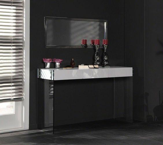 deze stijlvolle kaptafel is een echte eyecatcher in je slaapkamer