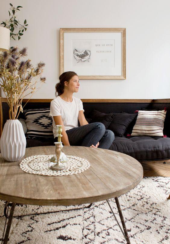 Tapis   Une tapis pour votre salle. #tapismoderne #tapisoriginal #designinterieur http://magasinsdeco.fr/