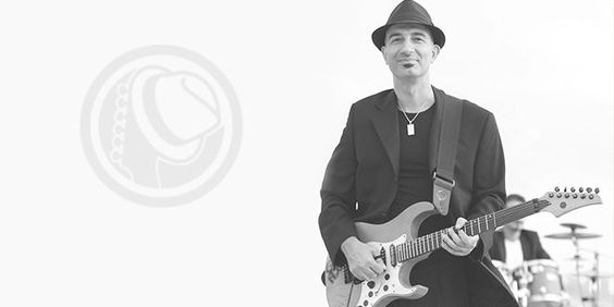 Mesut Uğurel ile Online Gitar Dersleri - Gitar Magazin
