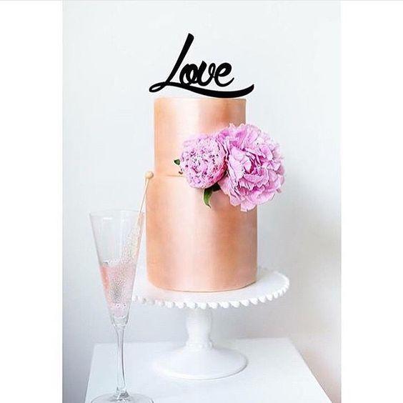 LOVE #weddingcake @absoluteweddings