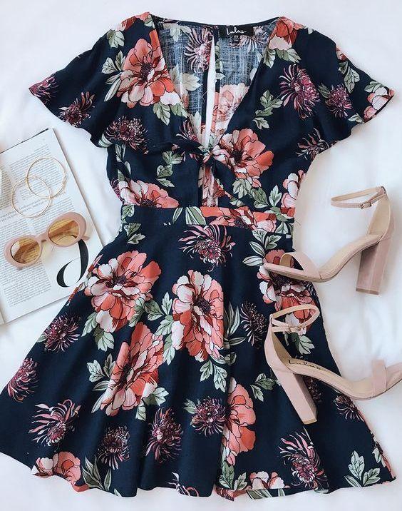 Look de vestido florar para el verano