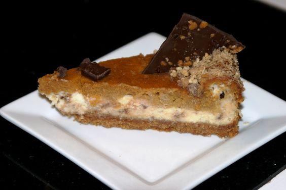 Menu Musings of a Modern American Mom: Toffee Pumpkin Cheesecake