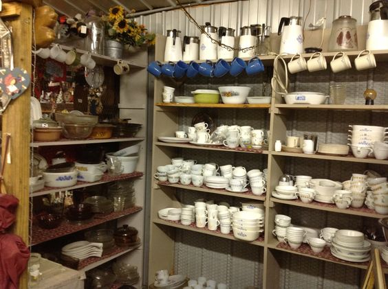 CIMARRON COLLECTIBLES ANTIQUE MALL in Sarcoxie, MO  13,000 Sq Ft 33 I-44 Ex 29 N Side – 548-3024 – Daily 9-6 Hm of the Ozark Picker If You Collect It We Have It! 3 Acres Of Treasures https://www.facebook.com/pages/Cimarron-Antique-Mall-Buy-Sell-Trade/182035011852084