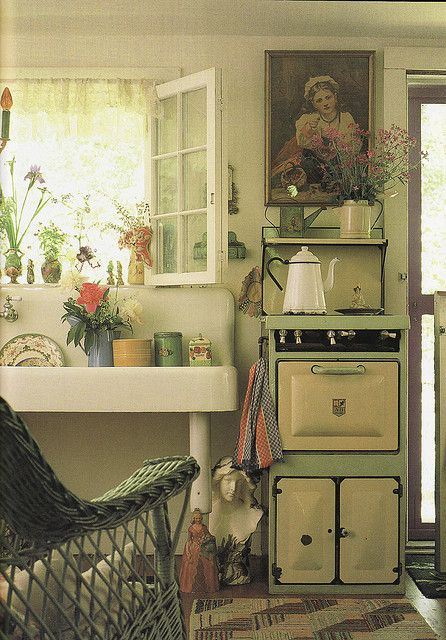 I love this cottage or farmhouse Kitchen.