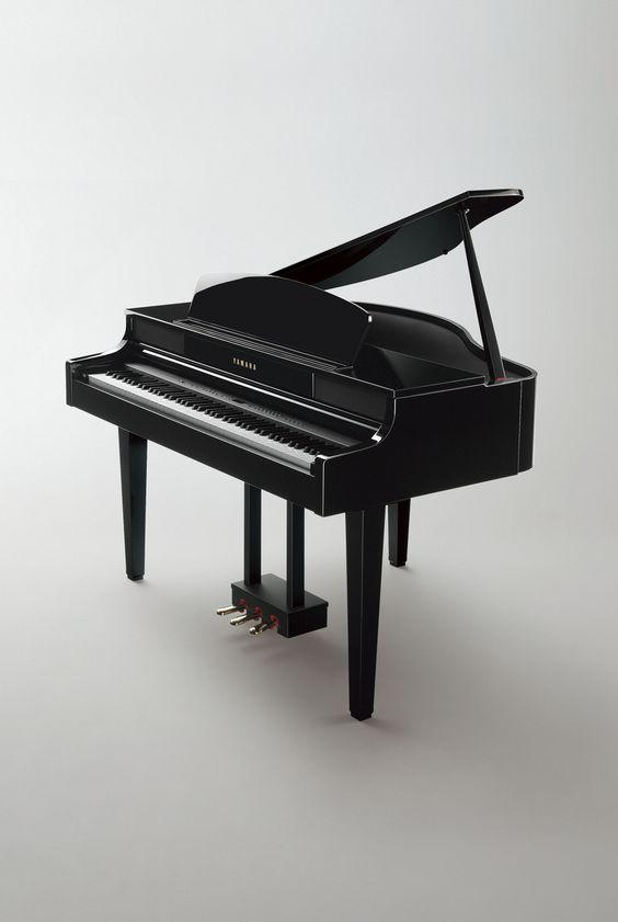 Gorgeous !!!!!!!!!!Yamaha Clavinova CLP-465GP grand-style digital piano in a polished ebony finish
