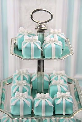 Mini Bolos Singelos Tiffany & Co.