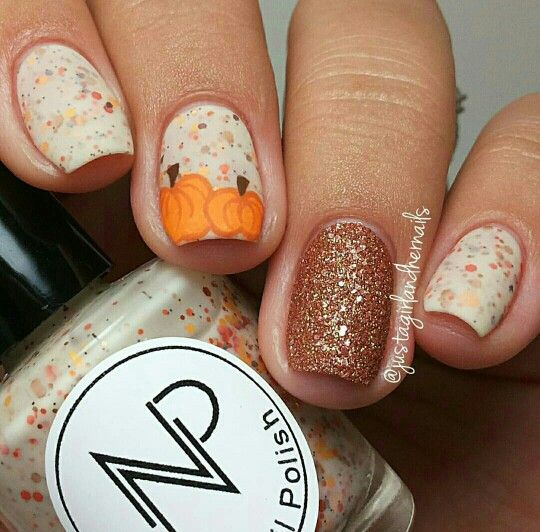 Fall Glitter Nail Designs: Fall Pumpkin Chunky Glitter Nails #fall #nails #glitter