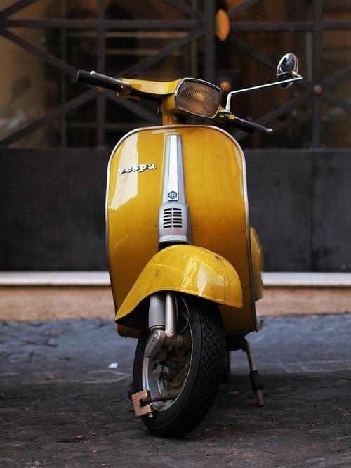 #Vespa 50 special #italiandesign