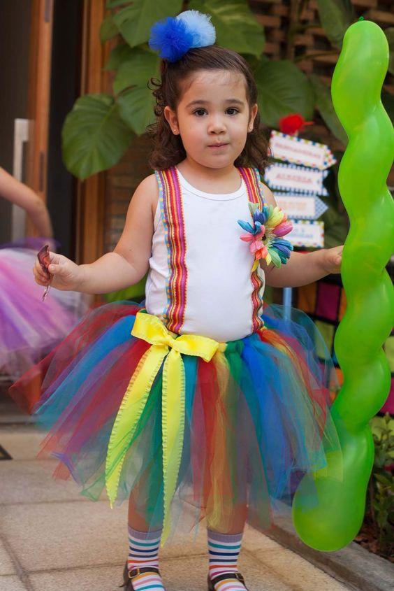 Roupa da aniversariante Palhaço, na Festa Bailarina e Palhaço, aniversário infantil