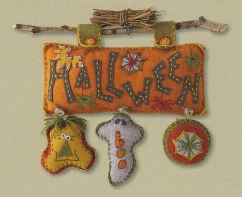 Woolfelt Wall Hanging - The  Cinnamon Patch/Halloween Friends pattern for purchase by Marianne Byre-Goarin