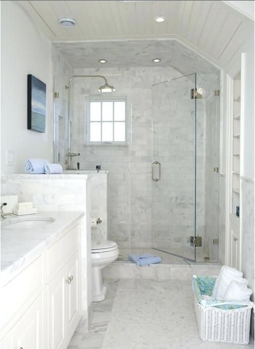 30 Elegance White Marble Bathroom Design Ideas Marble Is Usually Less Expensive Than Many Small Master Bathroom Bathroom Remodel Master Small White Bathrooms