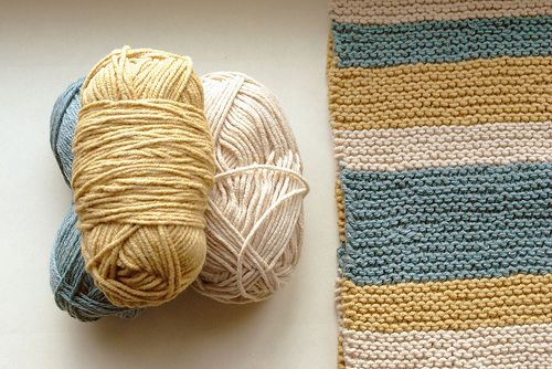 knit knit- nice colors for a blond. Love going Bach to simplicity.
