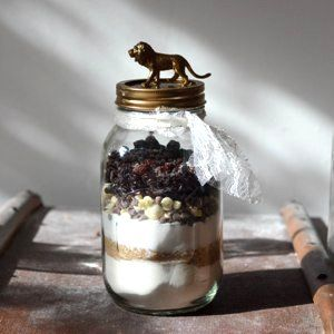 DIY Cookie Mix Jars With Animal Toppers