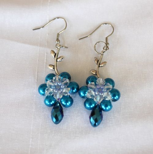 Beaded Leafy Earrings