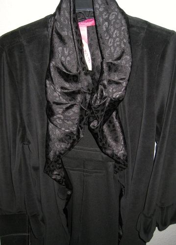 NWOT Betsey Johnson Velour and Satin Robe in Black . Starting at $35 on Tophatter.com!