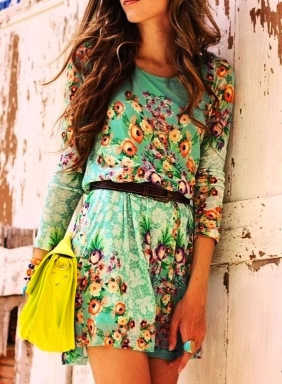 Cute Floral Print Belted Summer Dress.