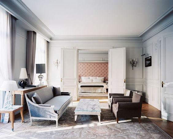 Luxury Home Décor: Cool Blues & Pale Pinks