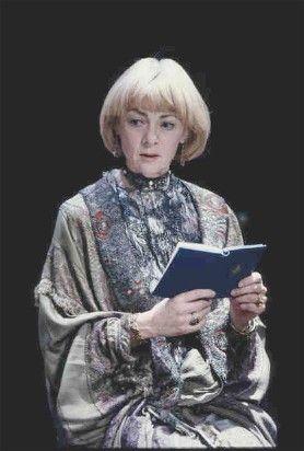 1992 - Geraldine McEwan as Gertrude to Alan Rickman's 'Hamlet':