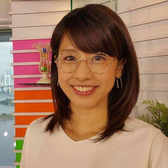 メガネをかける加藤綾子