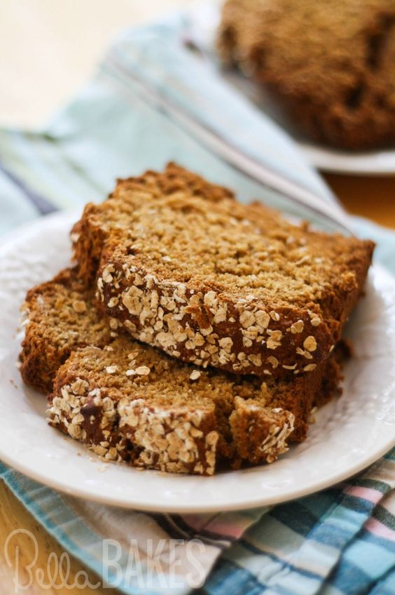 No Knead Honey Oat Bread A Super Simple Whole Wheat Bread Sweetened With Honey