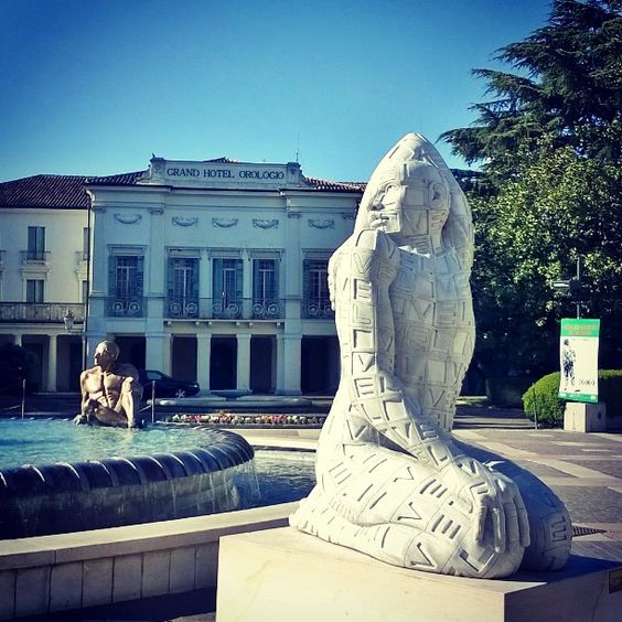 gioiabeghin #love #rabarama #abano #abanoterme #scultura #padova #statua #statue #sculpture | Thermae Abano Montegrotto