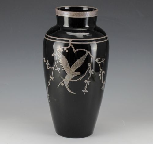 Black amethyst overlays and glass vase on pinterest - Branche deco vase ...