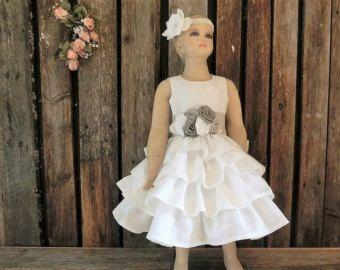 Vestido de niña de las flores de la boda de por englaCharlottaShop