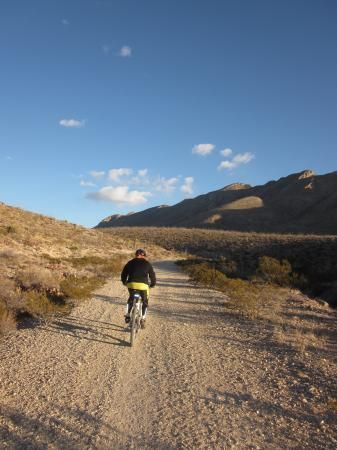 Mountain Bike Trail / Ride: Crazy Cat Grande (5.30 mi) in #ElPaso, TX #bicycling - The trail is a big loop that goes through the Arroyo Park and Palisades Canyon.