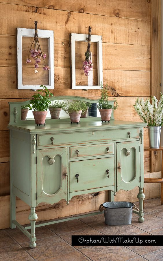 """This green is a nice soft, pleasant green, like """"Sage Advice"""" from Country Chic Paint."""